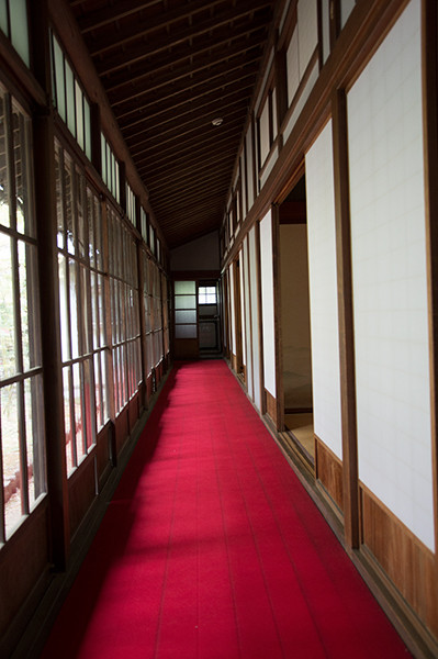 inside-SecondHouseofNishikawaFamily.jpg
