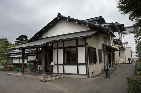 Residence-of-Hachirouemon-Mitsui.jpg