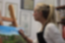 Fatima Marques pintando no atelier -.web