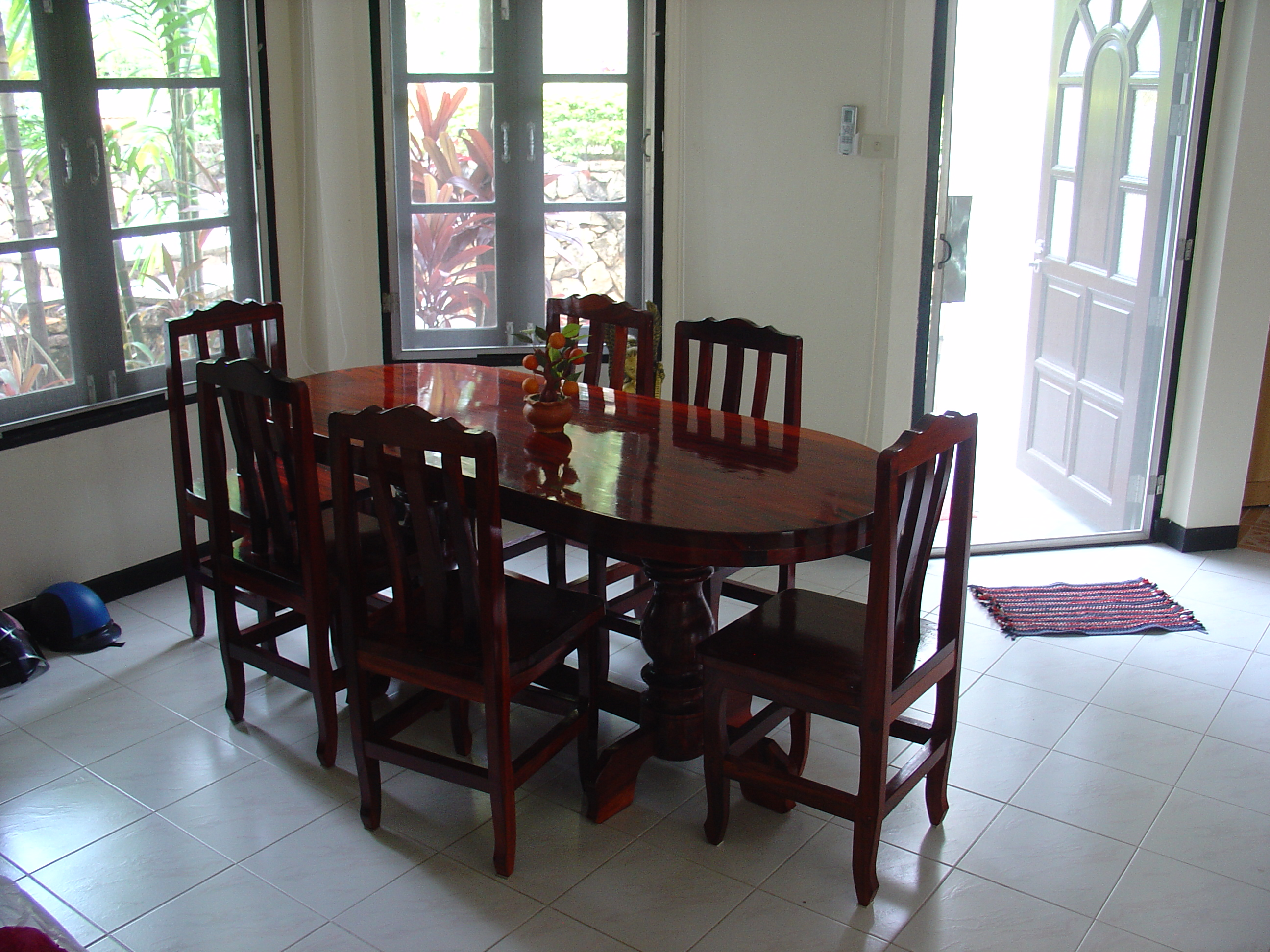 dining room, ruokailutila