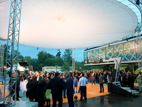 FIBA Hall of Fame Celebration 2017 in Genf mit Magic Sky