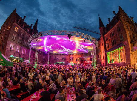 Magic Sky beim Burgfest der Höpfner Privatbrauerei