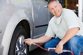 __ tire pressure iStock-465120578.jpg