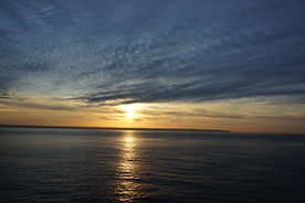 sunrise-4770049_1920.jpg
