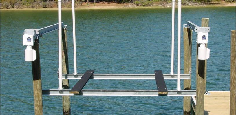 Boatlift 3.jpg