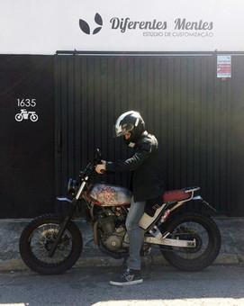 60_customização_moto_diferentes_mentes_c
