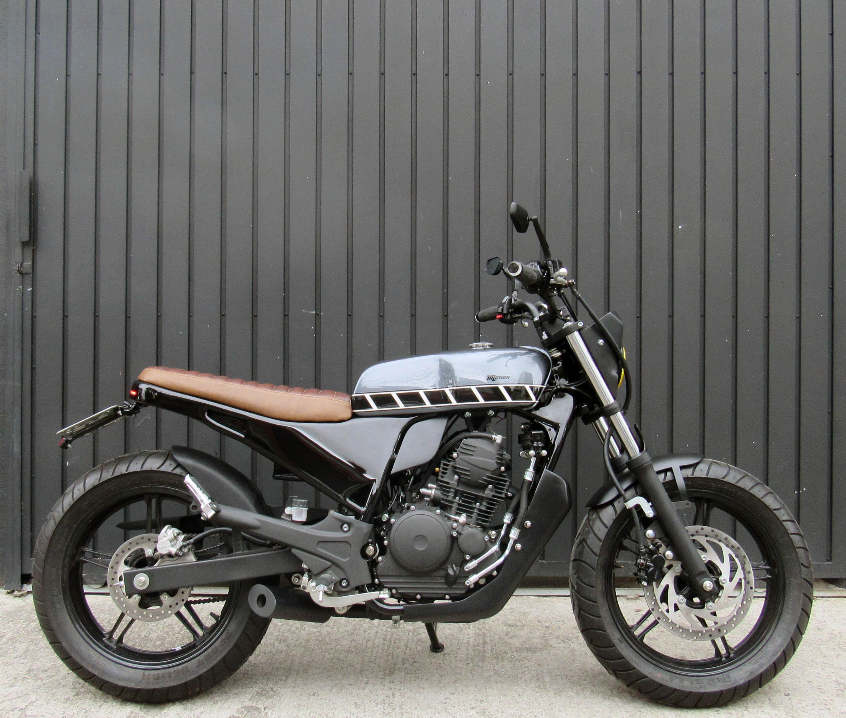 11 geral moto yamaha fazer custom difere
