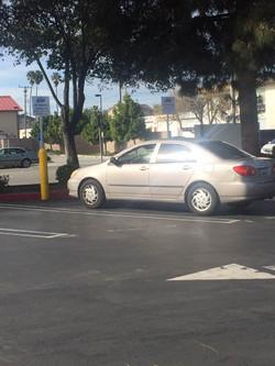 加州 路考 - 停车