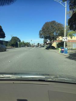 (加州 驾照)-注意路旁指示