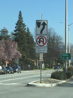加州 路考 - 注意路牌