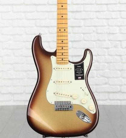펜더 American Ultra Stratocaster Mocha 248만원