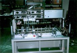 自動車部品組立装置