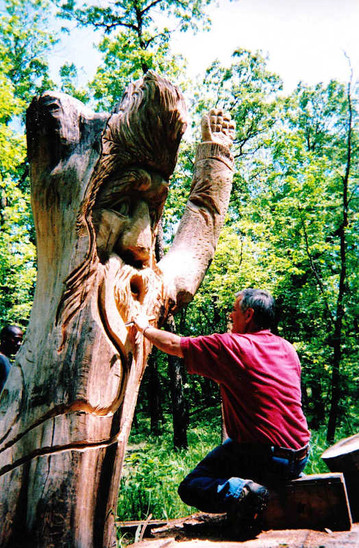 Woody being carved in 2004