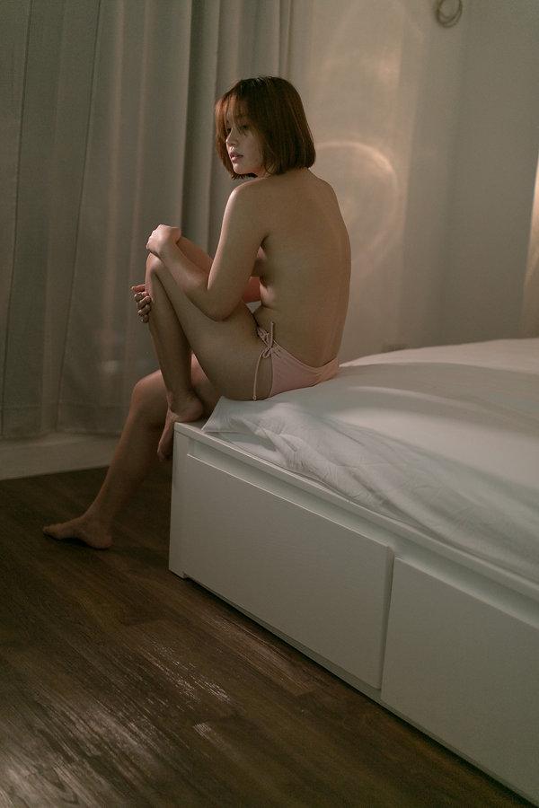 Gail Boudoir_0748.JPG