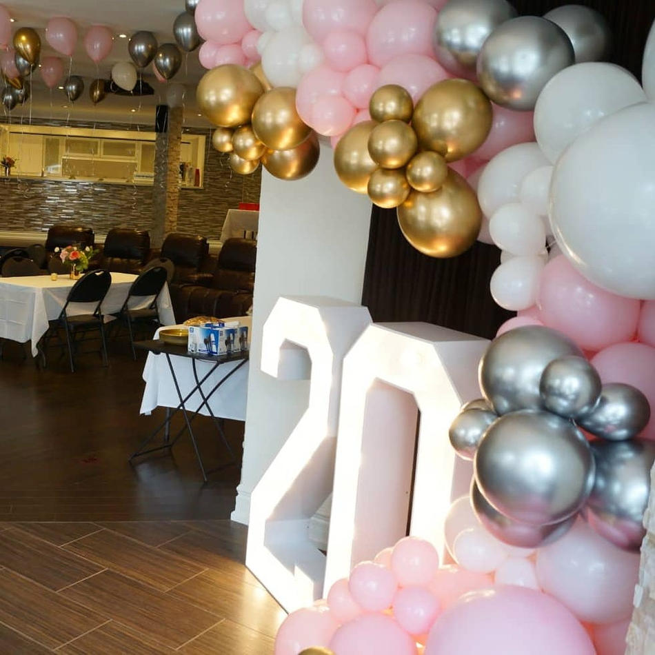 Marquee Numbers and Balloons