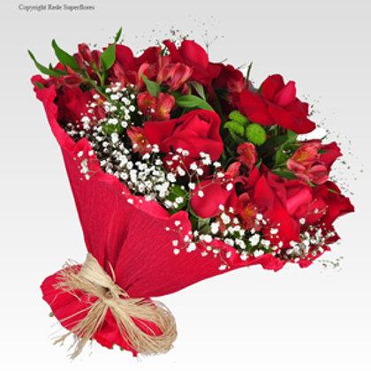 Buquê dos enamorados 15 Rosas abertas e Astromélias