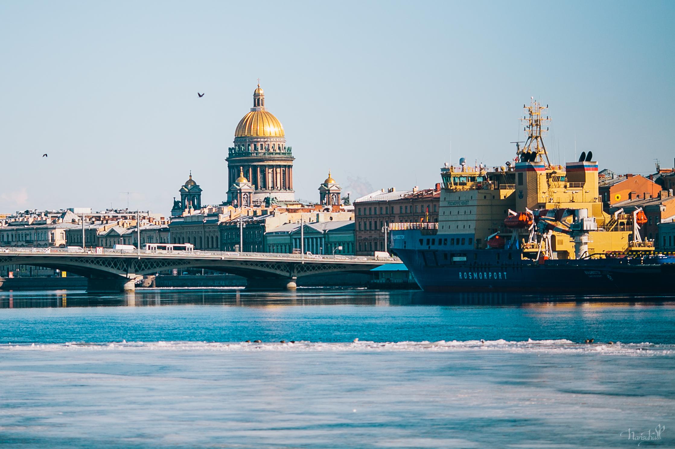 солнечный_день_в_Санкт-Петербурге