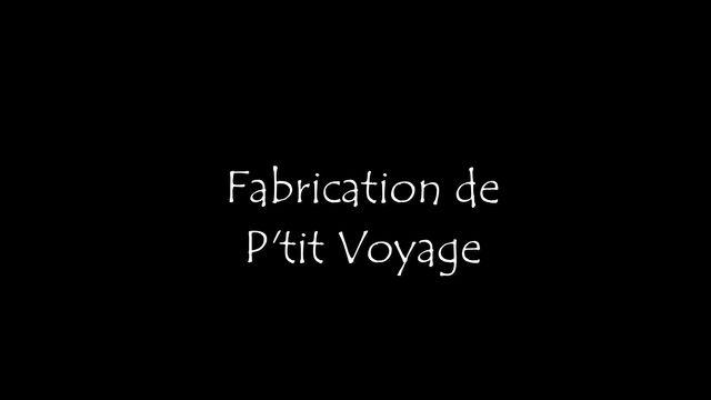 Fabrication du savon P'tit Voyage, un savon aux huiles régénérantes et nourrissantes