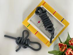 ebony textured chain knots