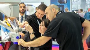 Prácticas con el EXTARO 300 | Dubai
