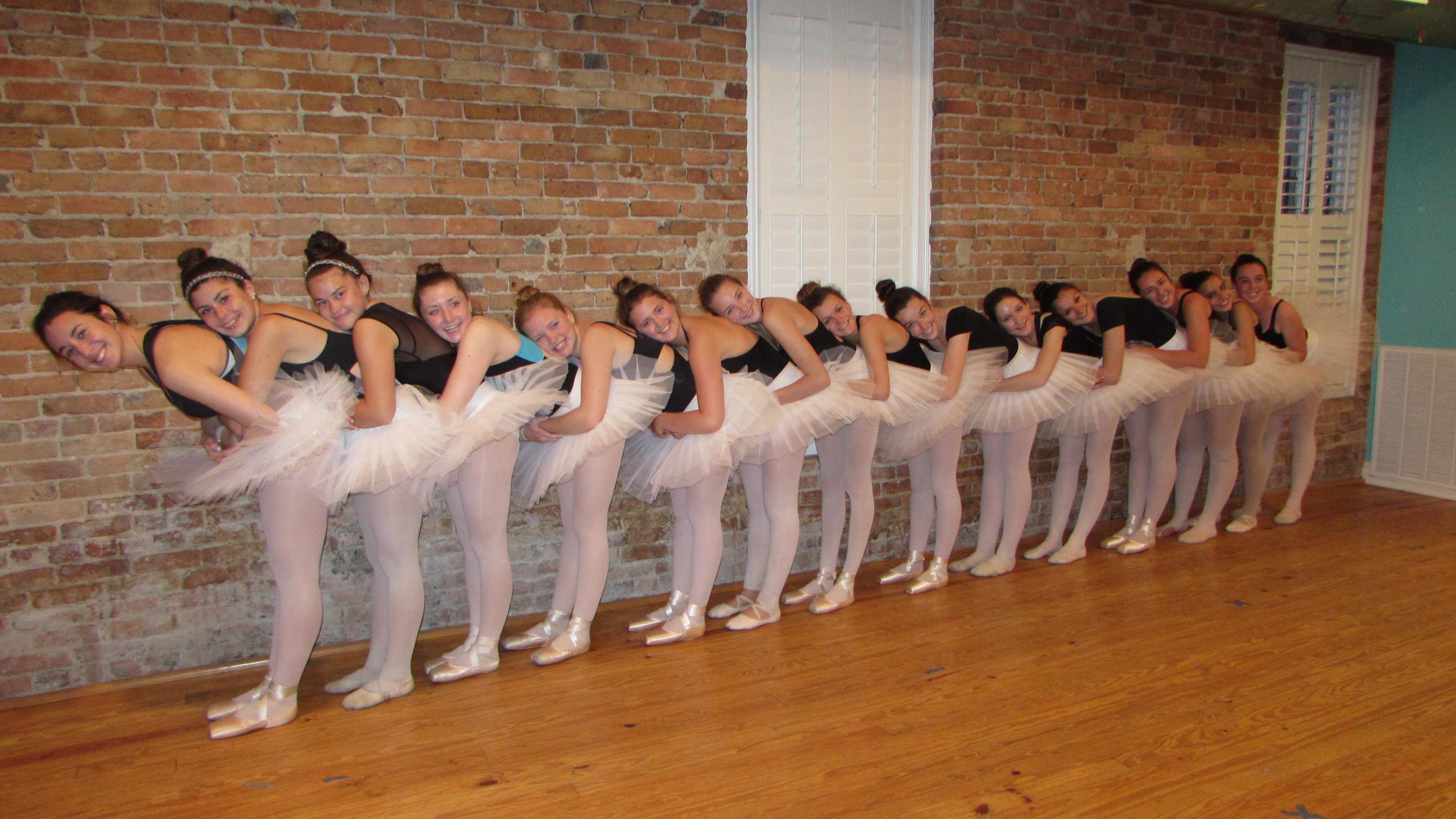 We love ballet class!