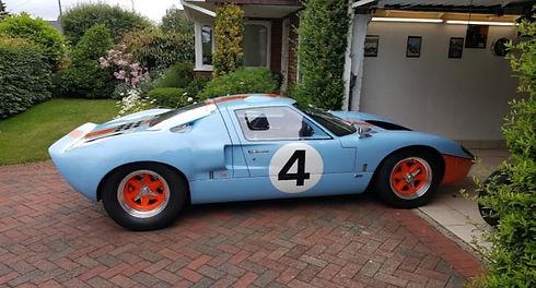 Blue classic car.jpg