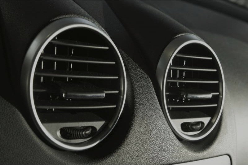 Car air conditioning vents