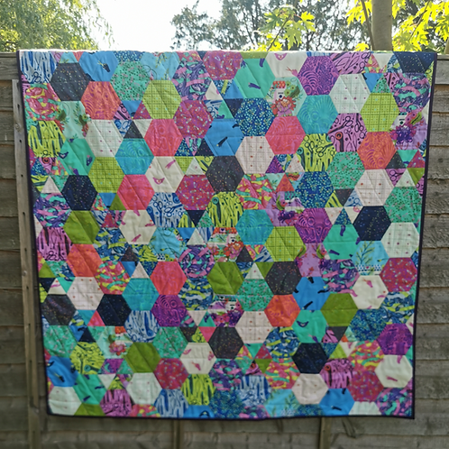 The Hexangle Quilt PDF DOWNLOAD