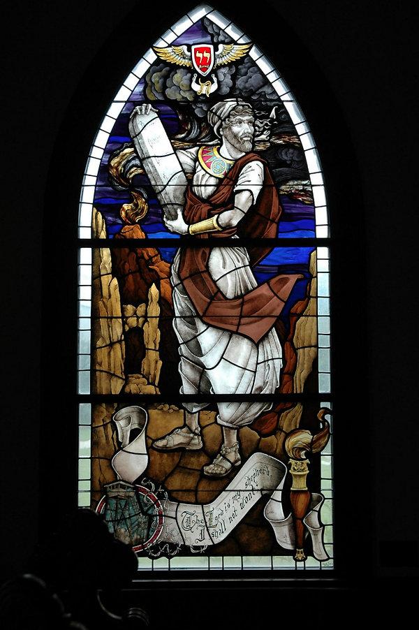 Moses holds Ten Commandments