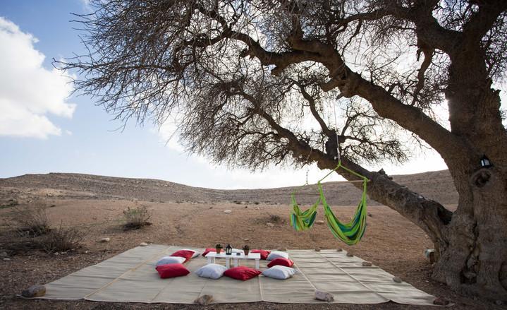 Glamour camping.jpg