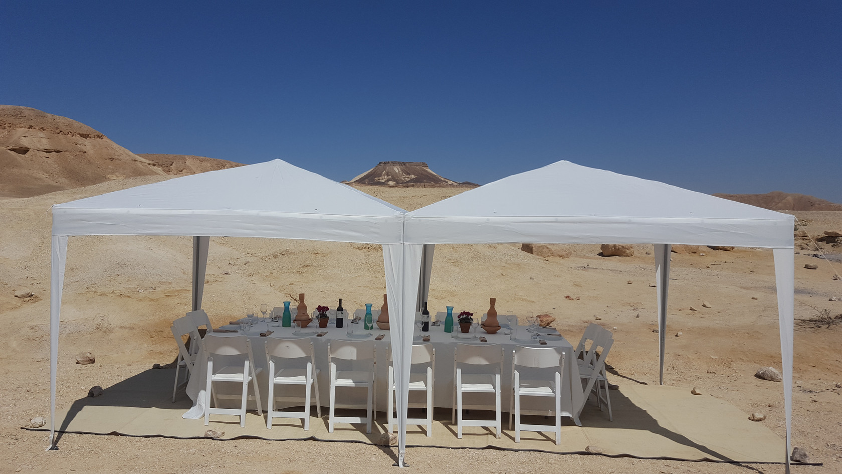 Festive outdoor desert lunch in Israel