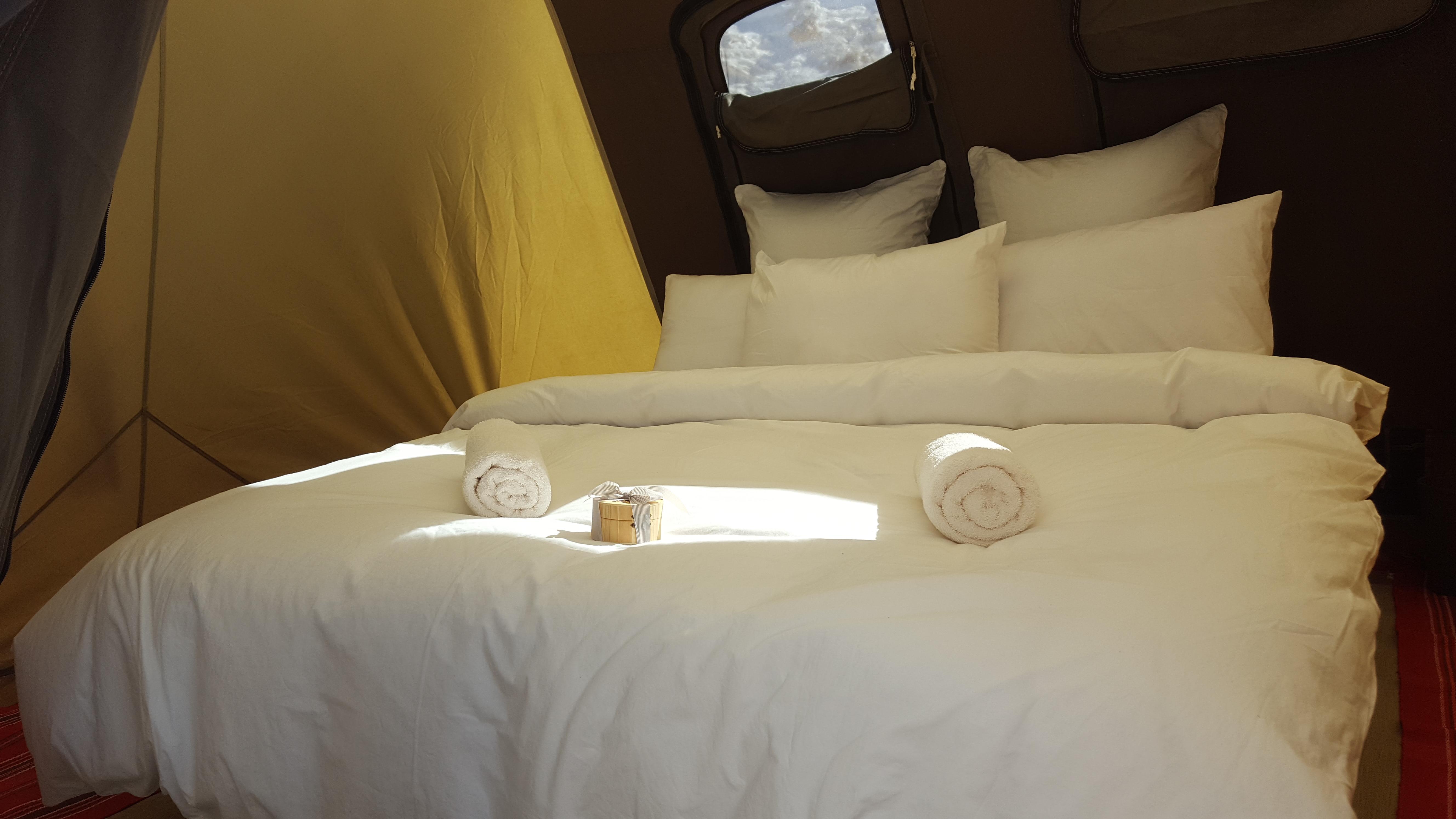 Luxury desert tent in Ramon crater