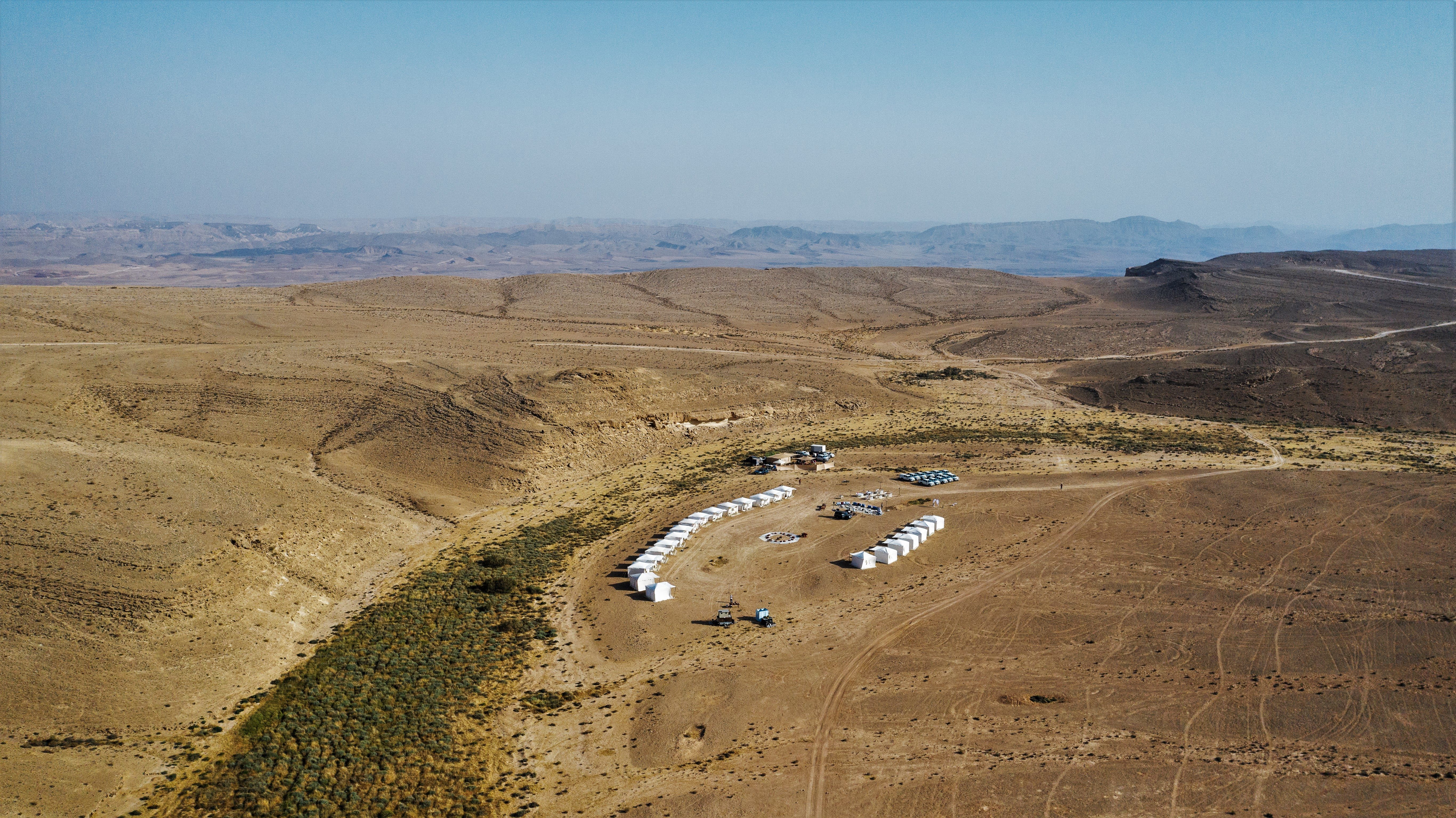 Ramon crater pop up hotel