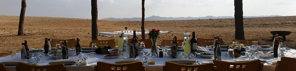 Desert outdoor feasts in Isreal