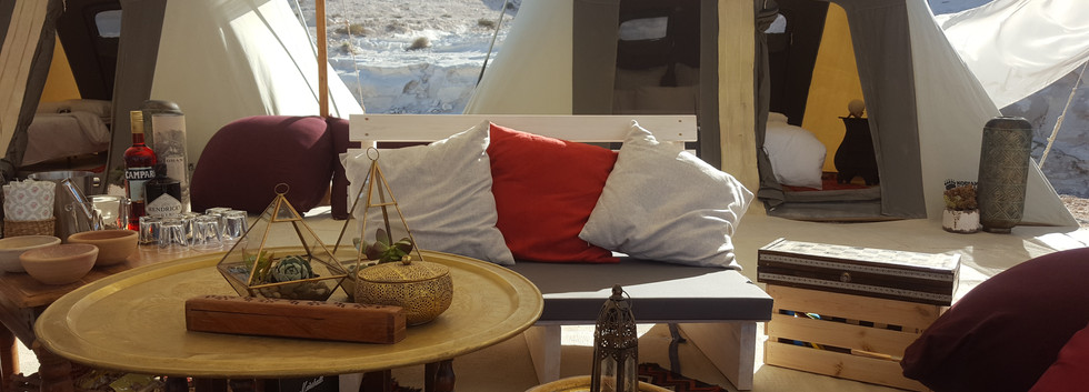 VIP Luxury tents in the Israeli desert.jpg