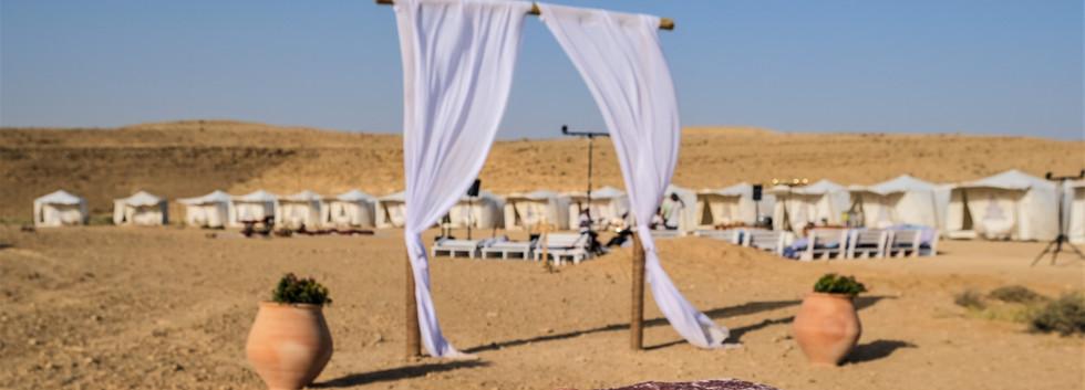 Glamour tents in Mitzpe Ramon.jpg