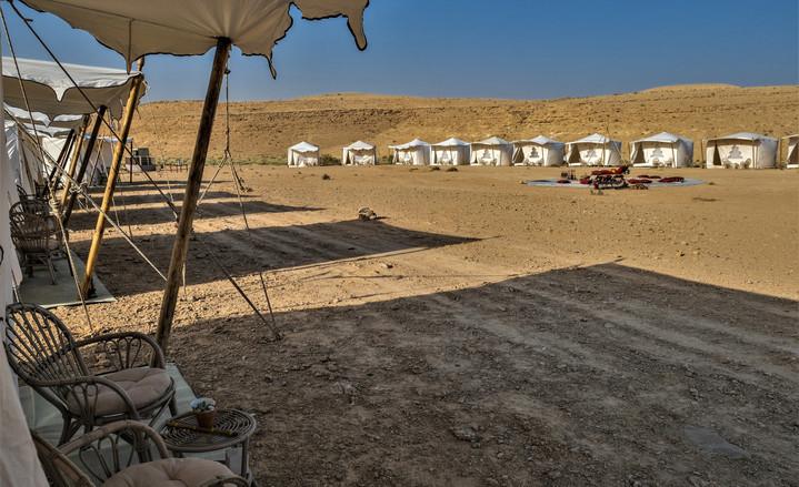 Elegant tents in Mitzpe Ramon.jpg
