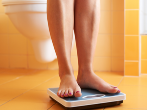 4 Steps to Help You Step on the Scale Without Freaking Out