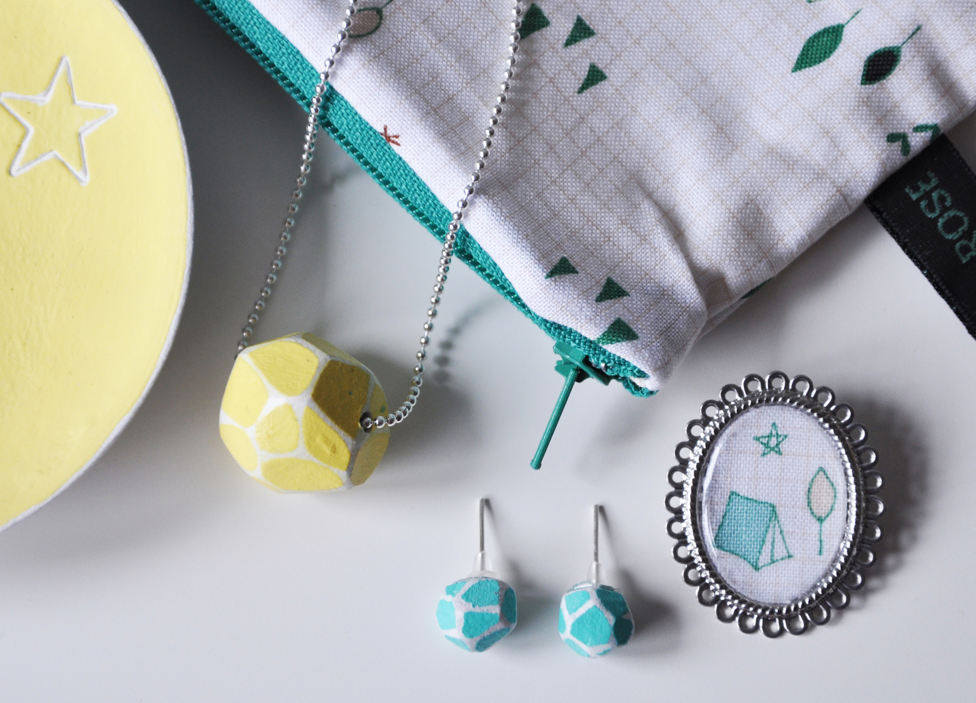 GEO bead necklace and dinky studs