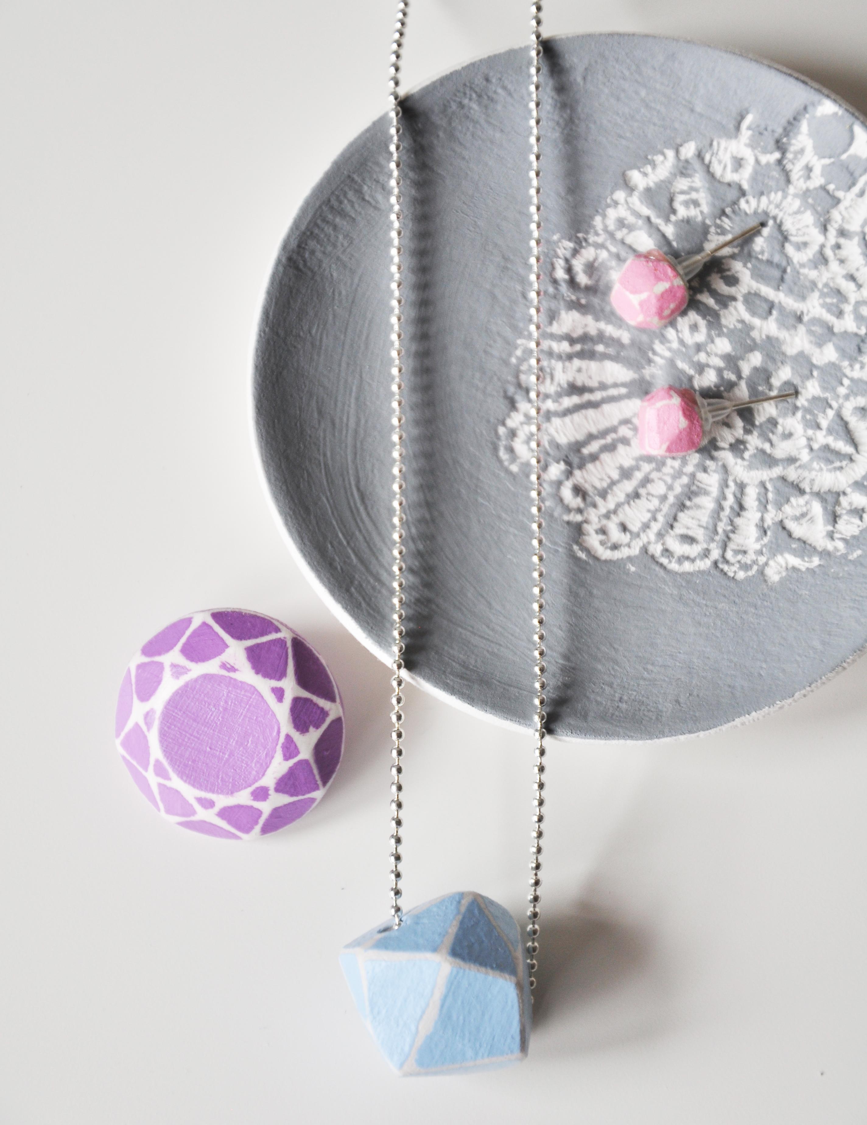 Lace print jewellery dish