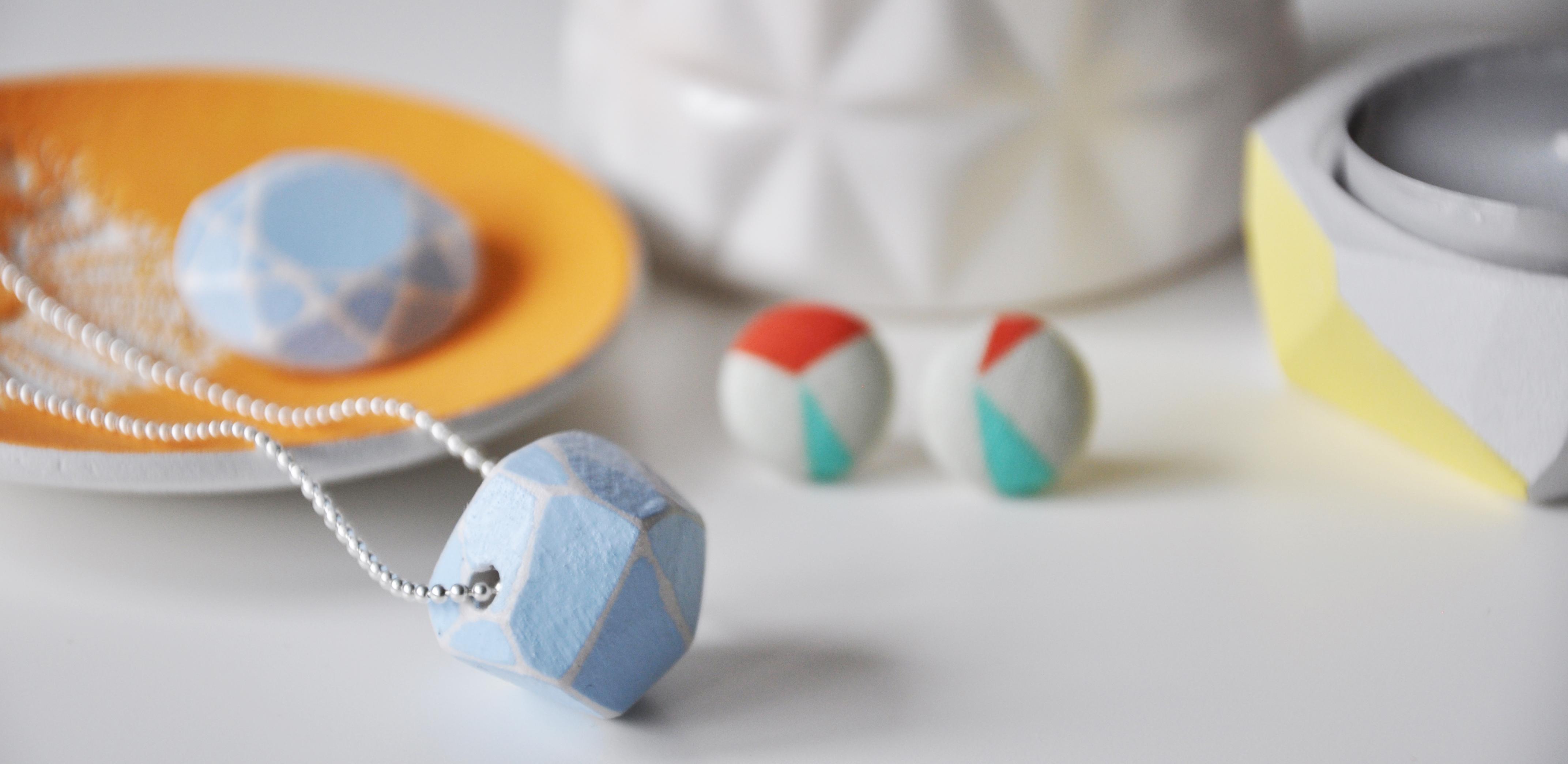 Lace print jewellery dish. FAB geometric mini studs