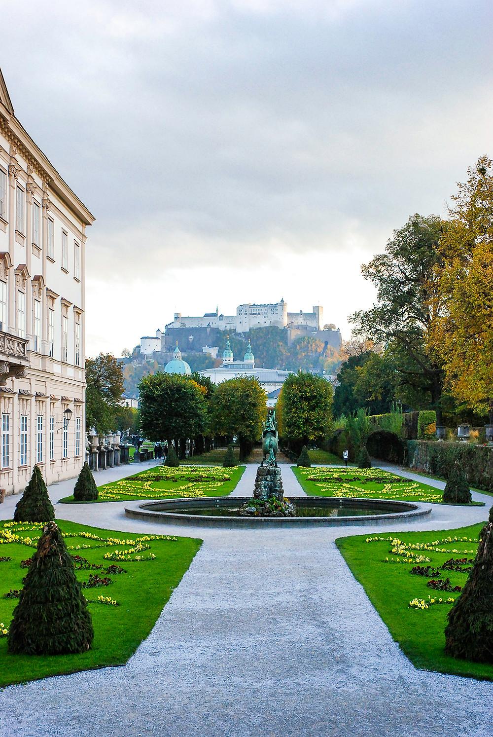 Hohensalzburg aus dem Schlossgarten Mirabell