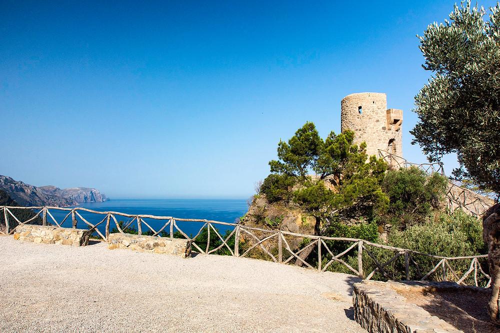 Der Wachtturm Torre del Verger in der Nähe von Banyalbufar