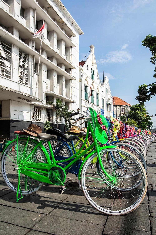 Die bunten Fahrräder von Batavia