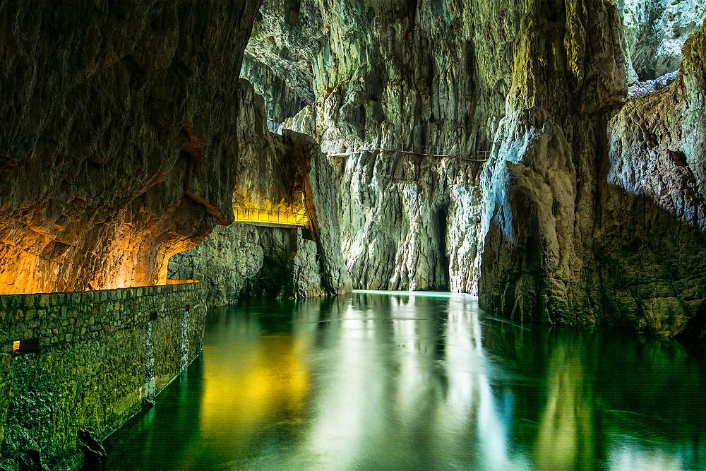 Diesen Teil der Höhlen von Skocjan erlebt man nur bei der großen Tour