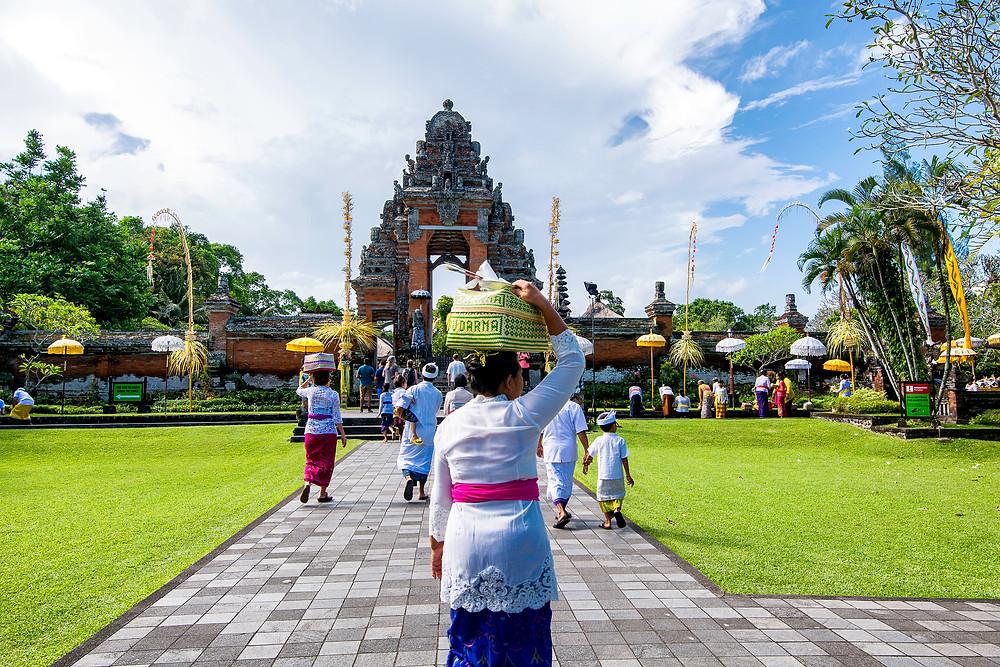Bali Tempel Geburtstag