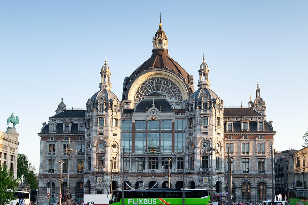 Bahnhofsgebäude Antwerpen ( Central Station )