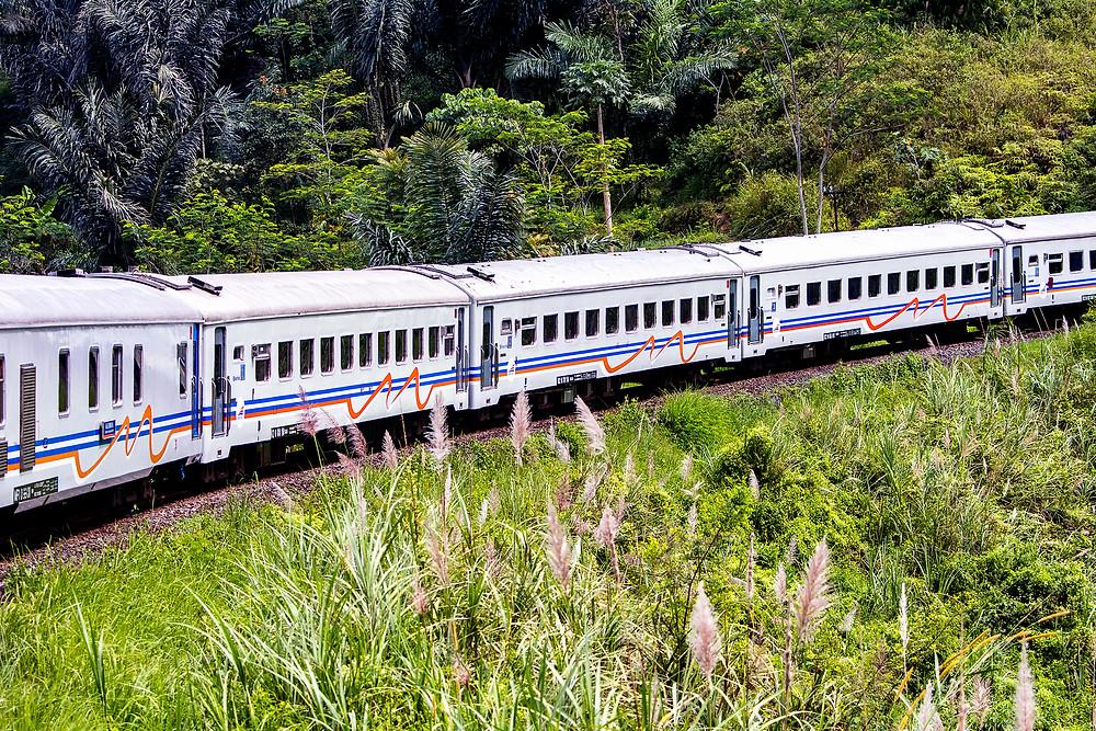 Zugfahrt von Bandung nach Yogyakarta
