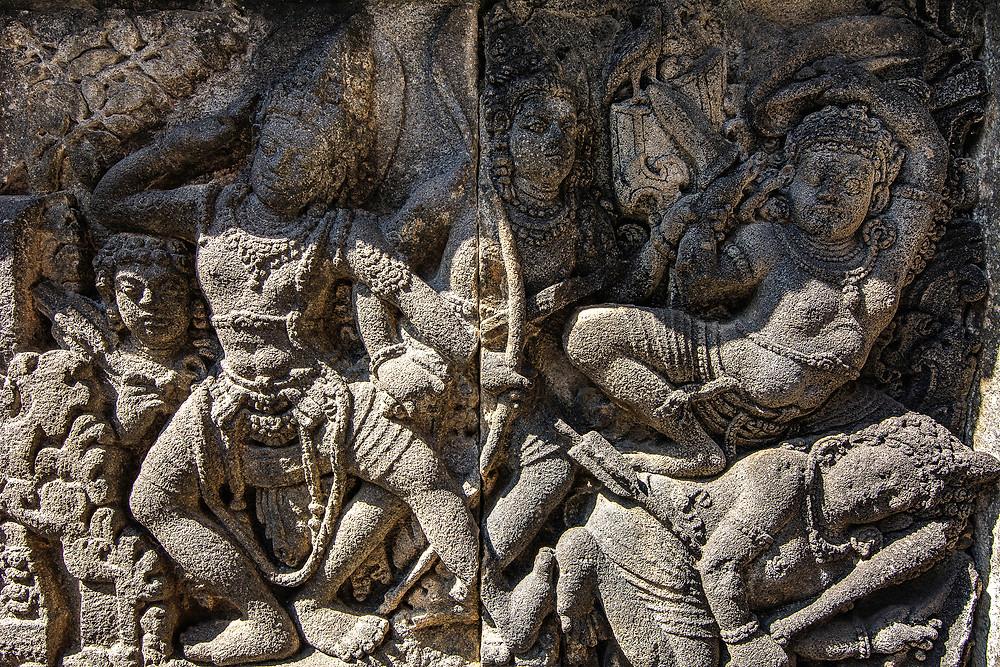 Reliefs am Prambanan Tempel