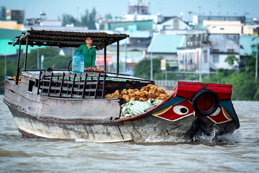 Eines der unzähligen Boote auf dem Mekong